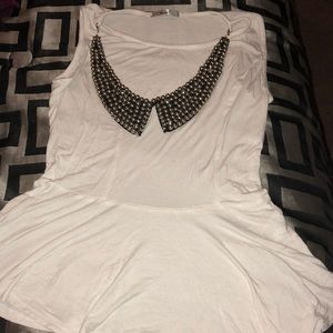 A cute top with attached necklace